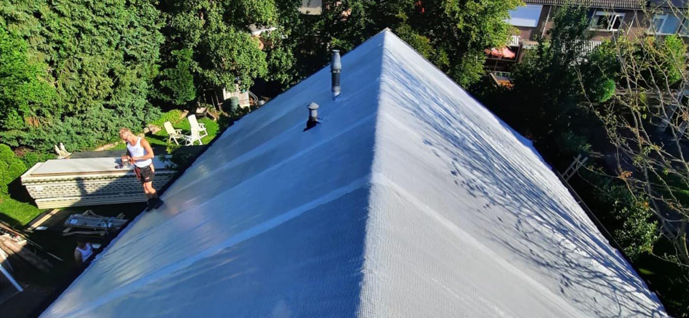 In 2 stappen een geïsoleerd dak met dakpanplaten
